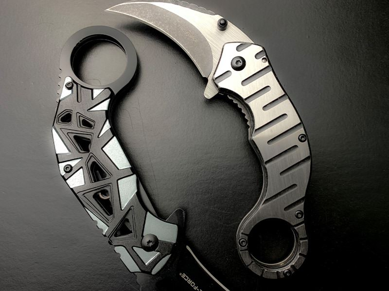 karambit-folding-knife